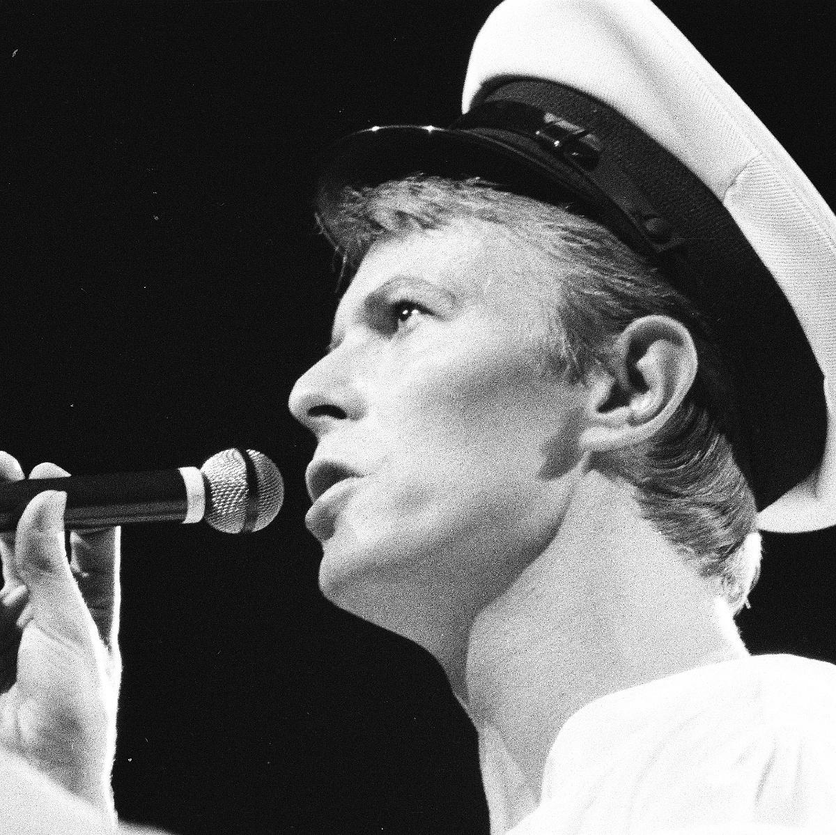 Hősök, nem csak egy napra – dalok a 30 éve ledőlt Fal árnyékában